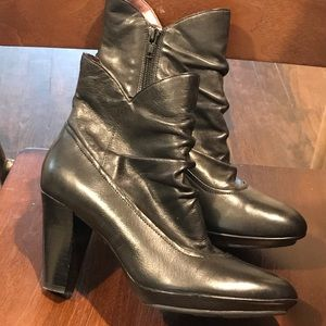 INDIGO for Clarks Ruched Black Ankle Boots